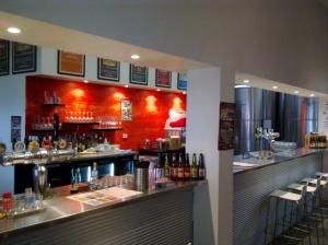 The main bar at MT Brewery